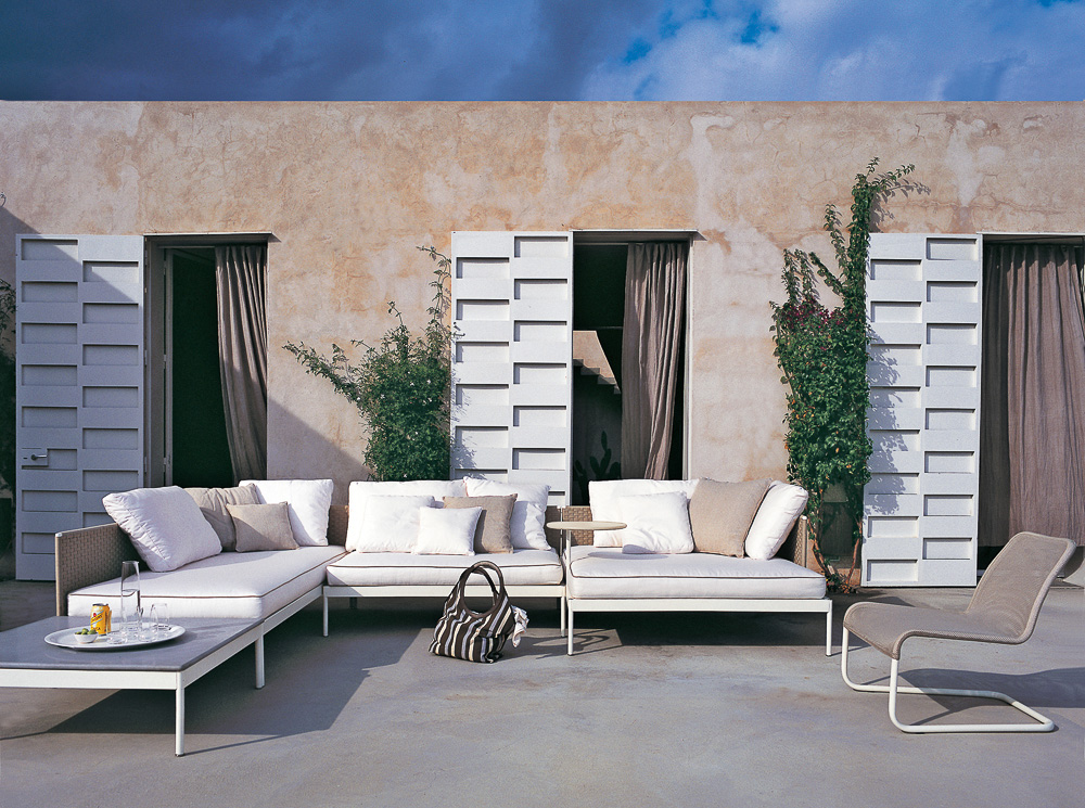 wei e oase outdoor m bel basket von roda auf. Black Bedroom Furniture Sets. Home Design Ideas