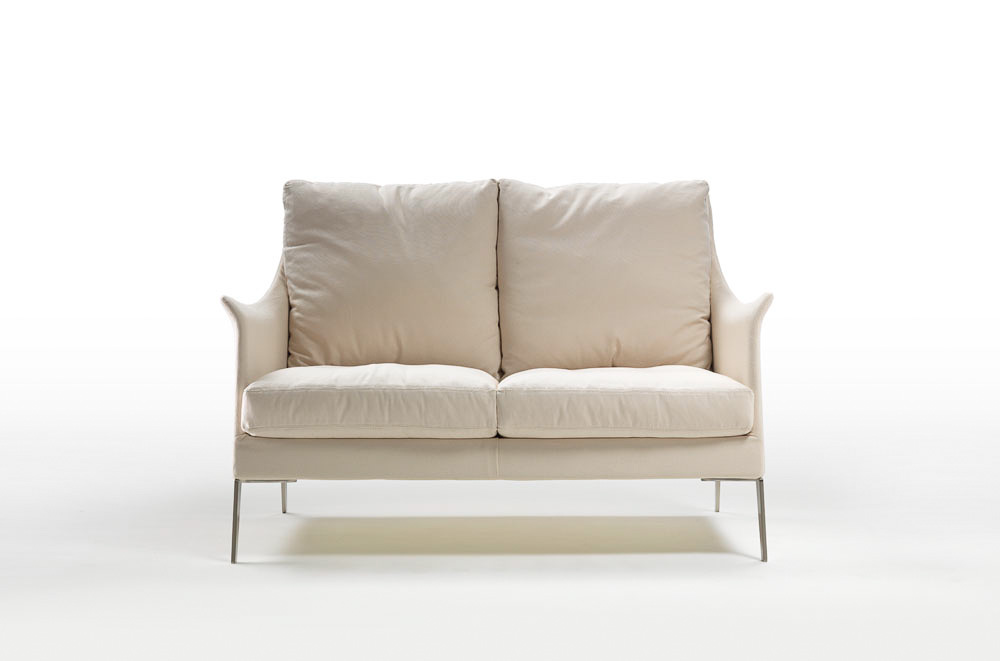 Sofa boss von flexform auf for Kleine couch