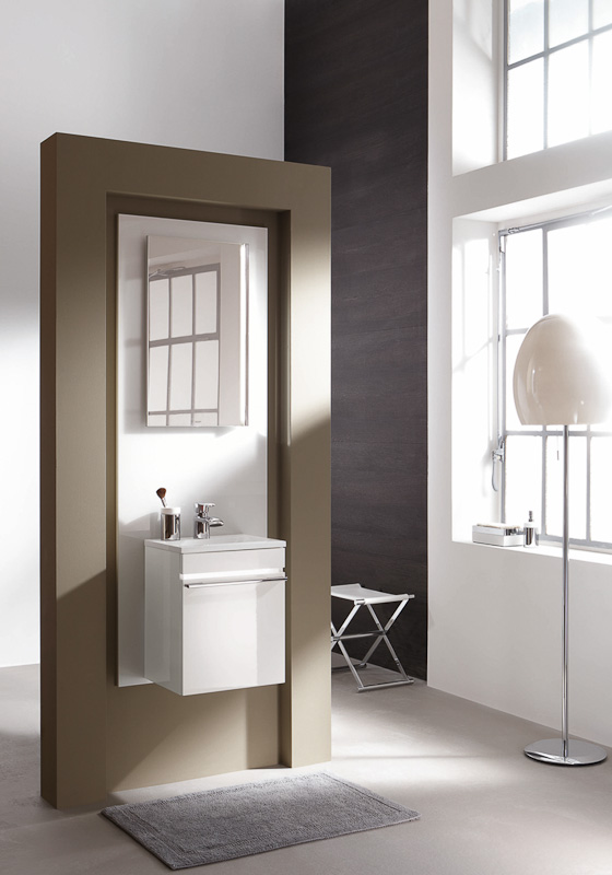 waschtisch aus der joop bathroom kollektion auf. Black Bedroom Furniture Sets. Home Design Ideas