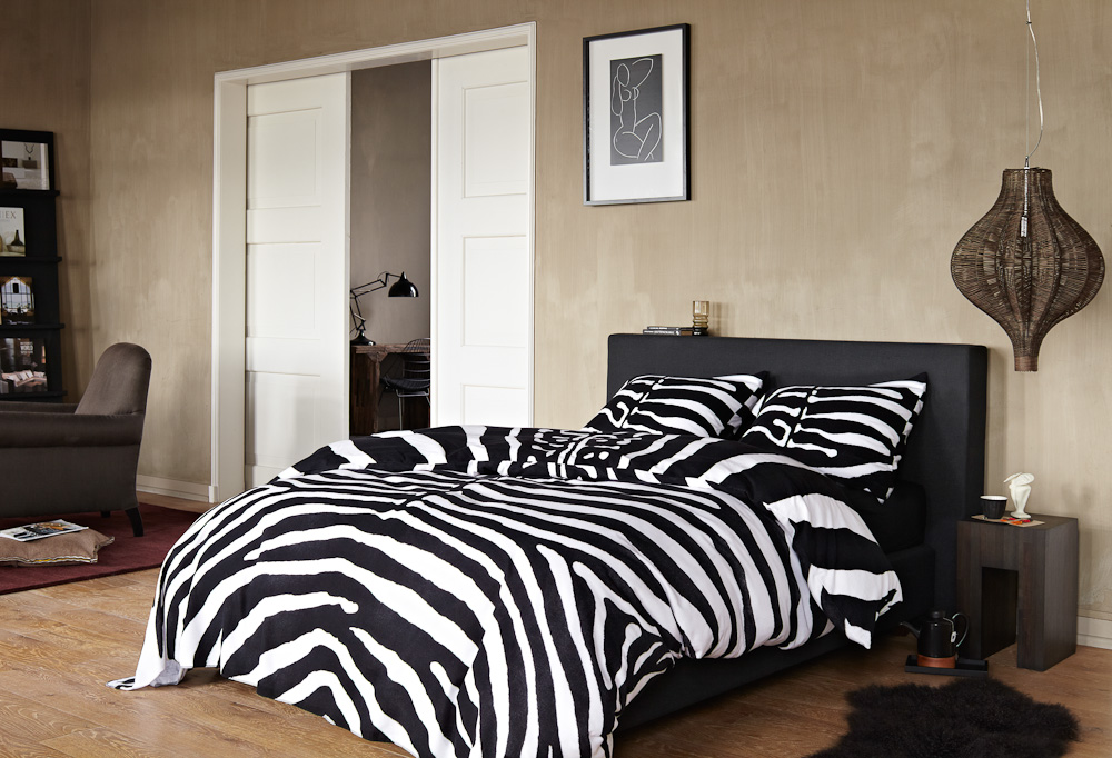 zebra bettw sche von essenza auf. Black Bedroom Furniture Sets. Home Design Ideas