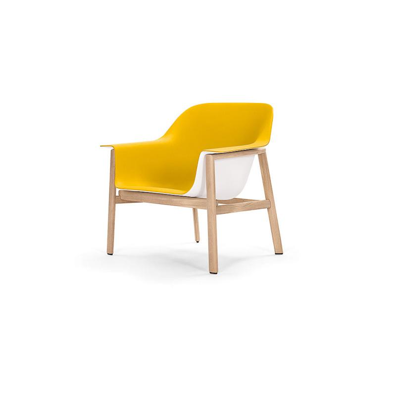 gelber sessel von classicon auf. Black Bedroom Furniture Sets. Home Design Ideas