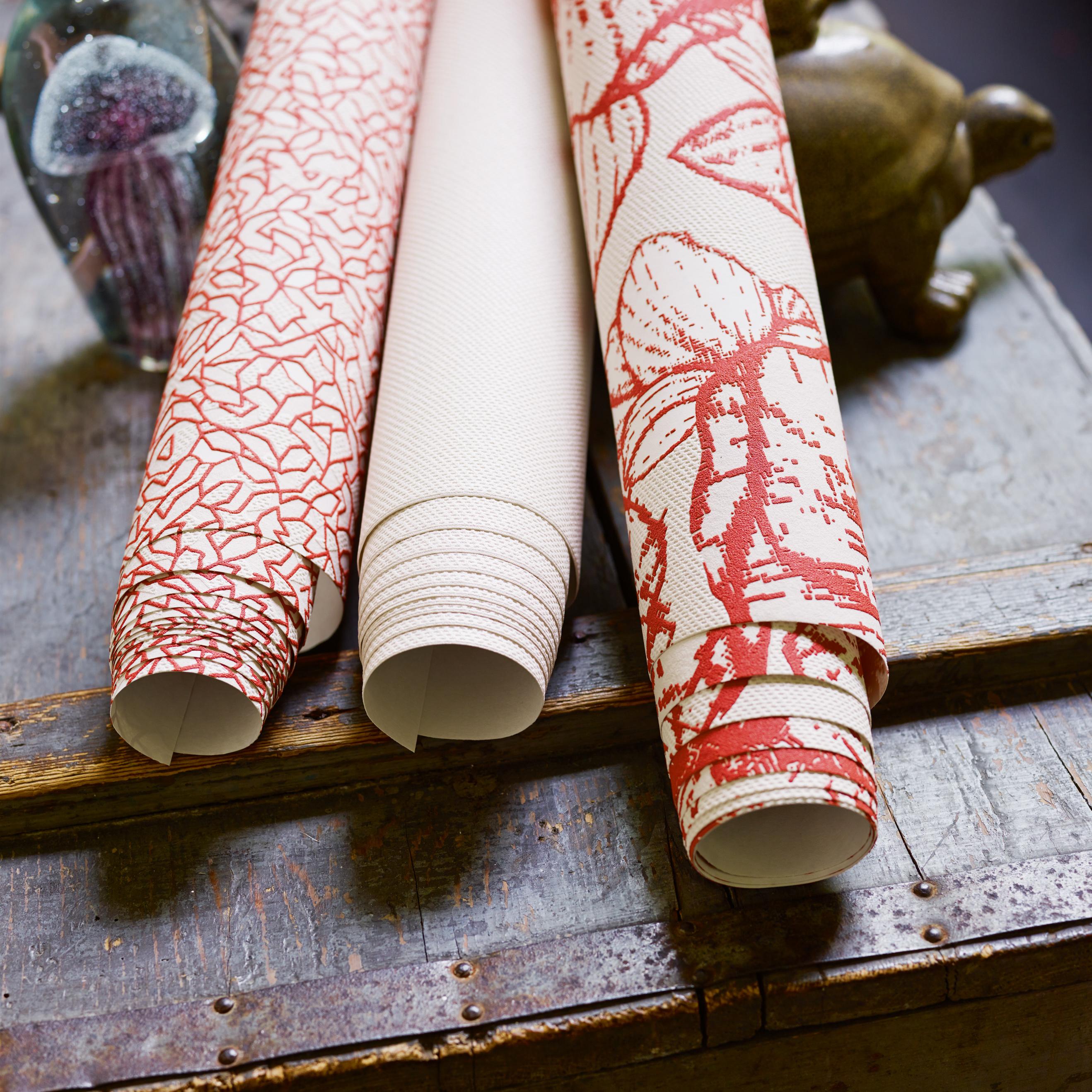 Gemusterte tapeten cape town flower in hummer von esprit for Tapeten suchen