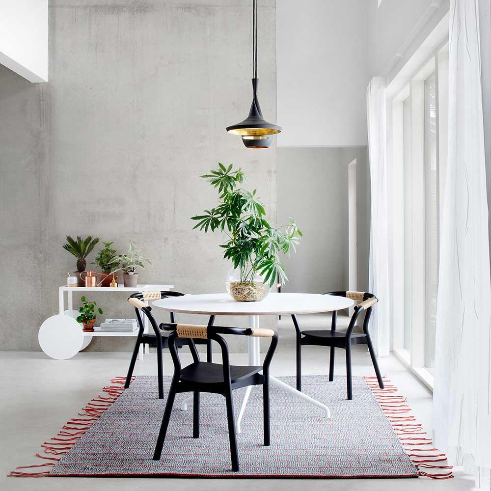 teppich tassel von kinnasand auf. Black Bedroom Furniture Sets. Home Design Ideas