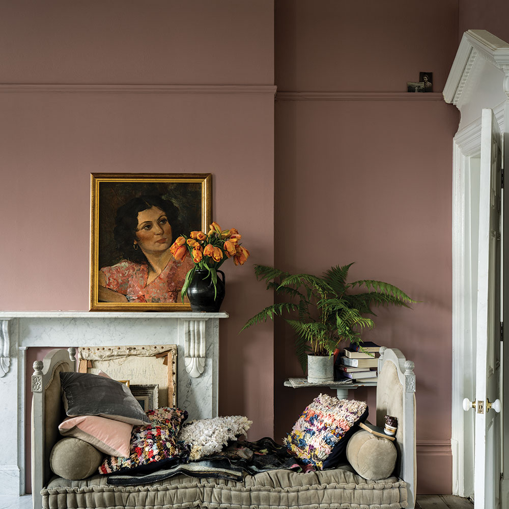 wandfarbe sulking room pink von farrow ball auf. Black Bedroom Furniture Sets. Home Design Ideas