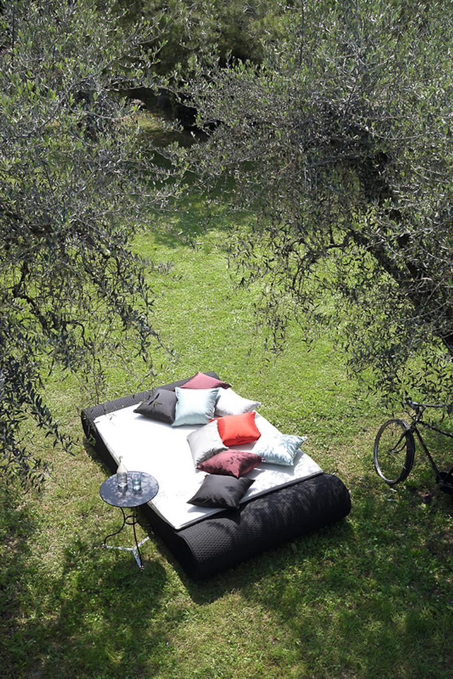 """outdoor-bett """"sitting bull daybed"""" von lambert gmbh auf deco.de"""