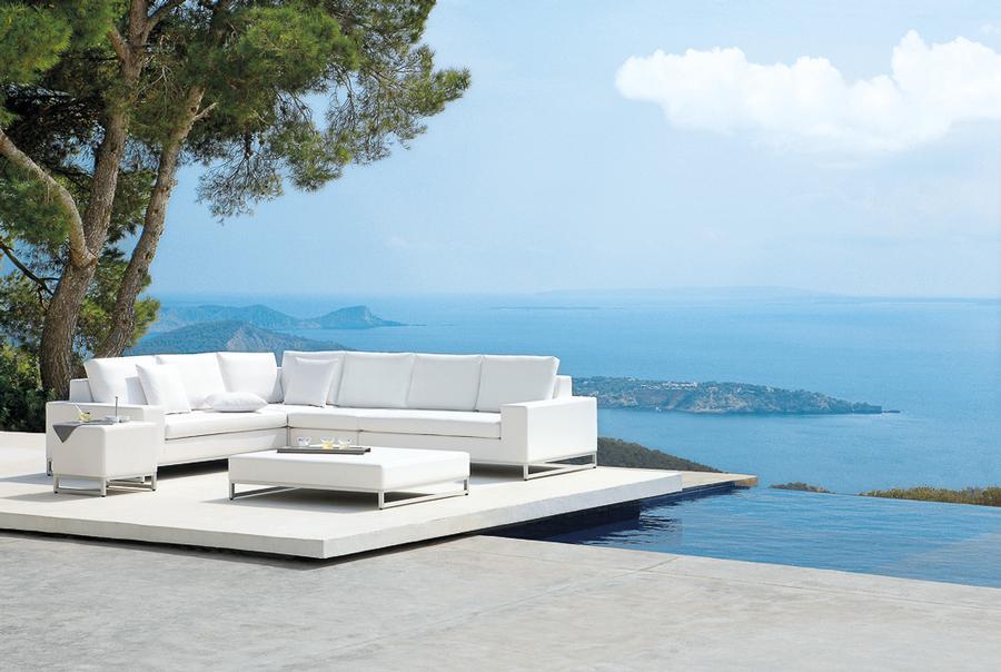 lounge ecke unter freiem himmel auf. Black Bedroom Furniture Sets. Home Design Ideas