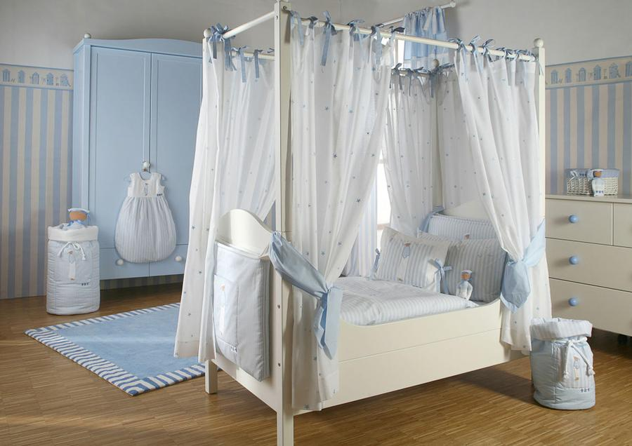 traumhaftes kinderbett von annette frank auf. Black Bedroom Furniture Sets. Home Design Ideas